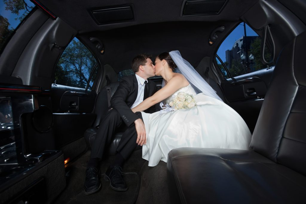 Best Wedding Limousine Service in Toronto and #1 Wedding Limousine Service in Ontario